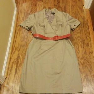 TAHARI Levine Dress Size 16